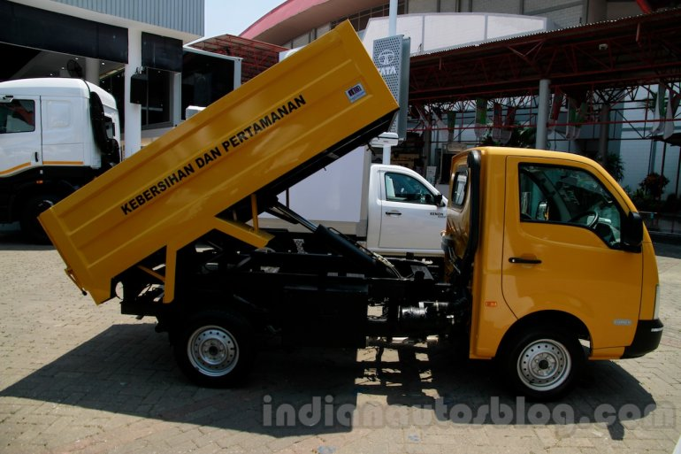 Tata Super Ace Tipper at the 2014 Indonesia International Motor Show side