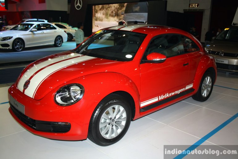 VW Beetle front three quarter at the 2014 Philippines International Motor Show
