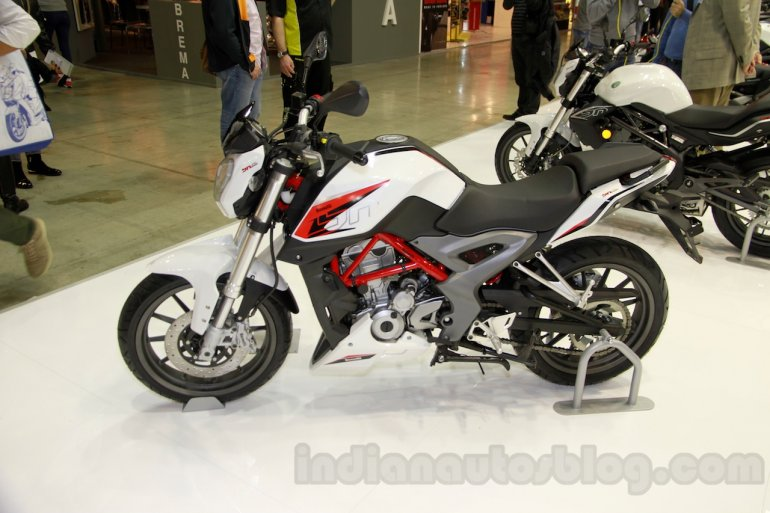 Benelli BN251 side at EICMA 2014