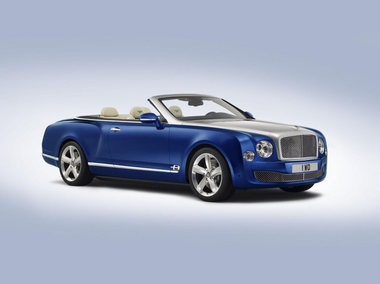 Bentley Grand Convertible concept front three quarter