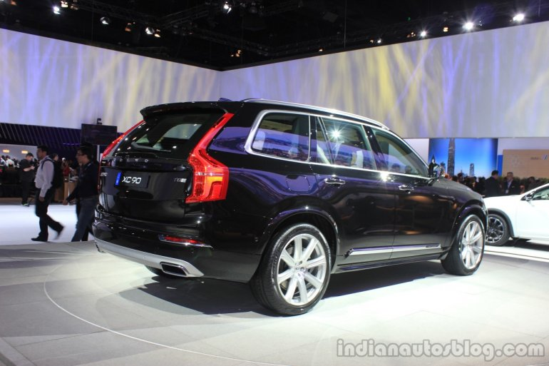 Volvo XC90 T8 rear three quarters right the 2014 LA Auto Show