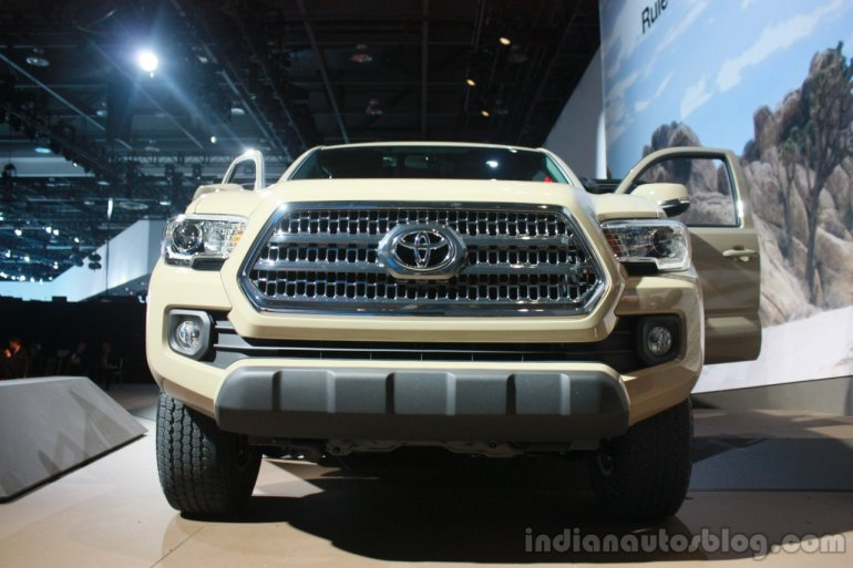 2016 Toyota Tacoma front at the 2015 Detroit Auto Show