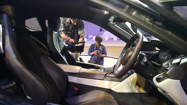 2015 BMW i8 India launch cabin
