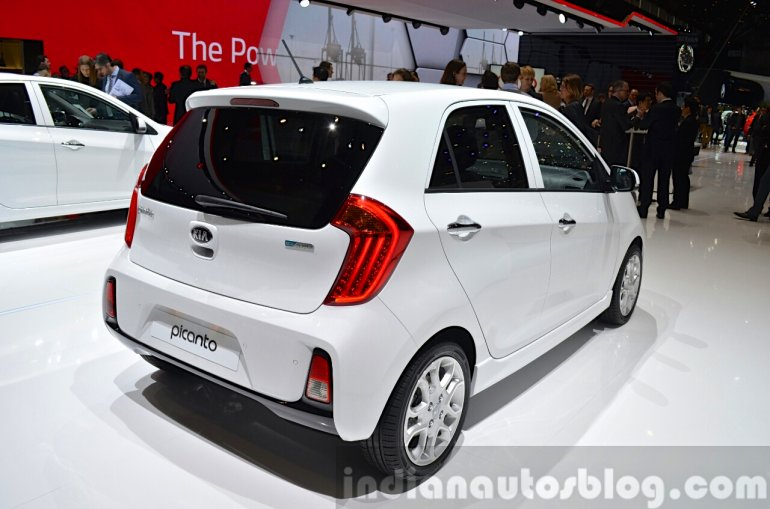 2015 Kia Picanto three three quarter view at 2015 Geneva Motor Show