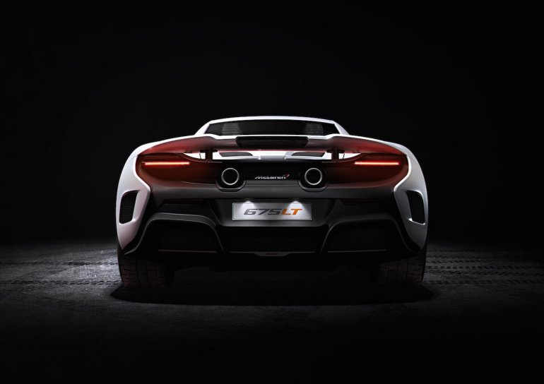 2016 McLaren 675LT press shot rear