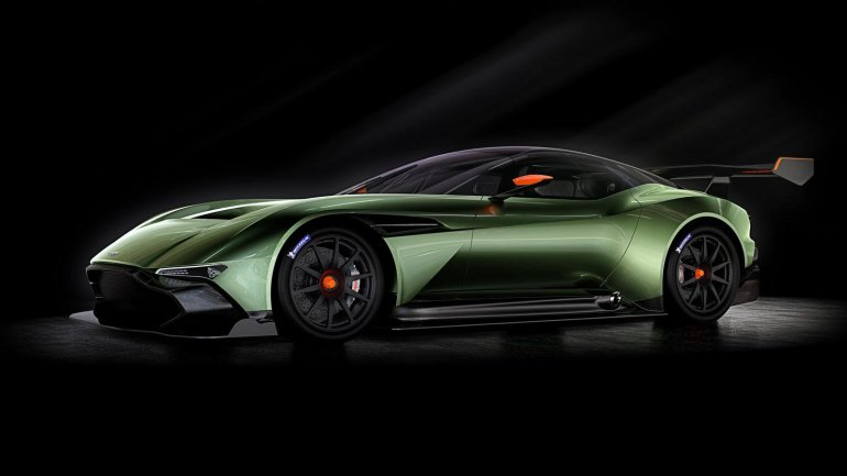 Aston Martin Vulcan press shot