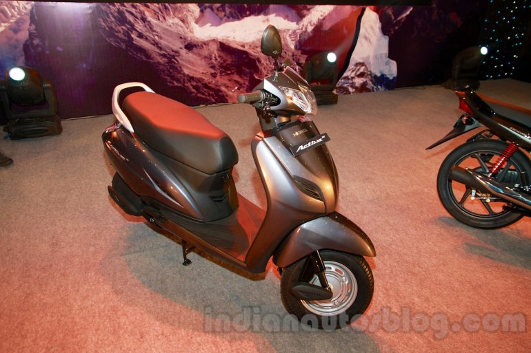 Honda Activa 3G front three quarters left at the launch