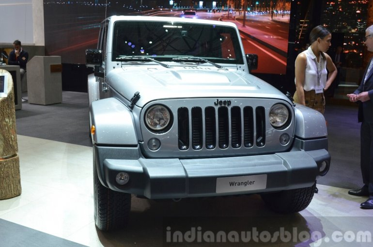 Jeep Wrangler Black Edition II front view at the 2015 Geneva Motor Show