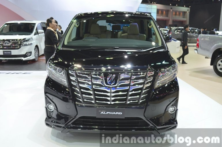 Toyota Alphard front at the 2015 Bangkok Motor Show