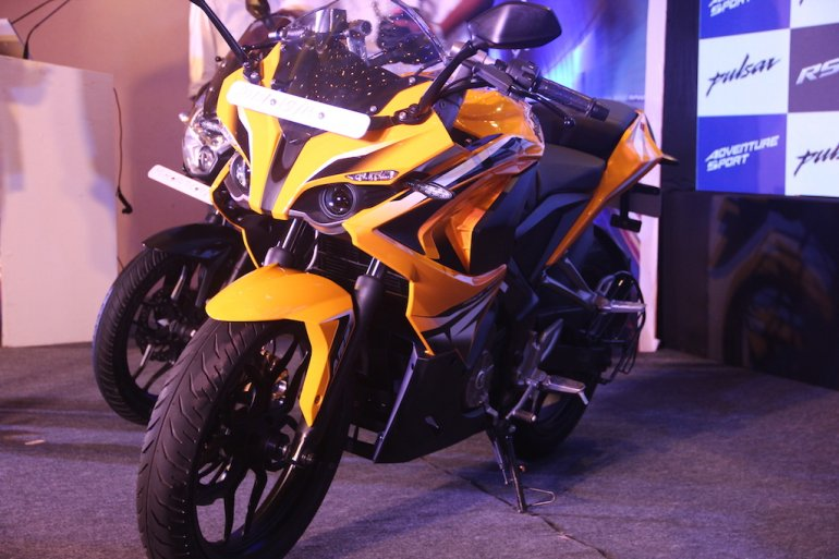 Bajaj Pulsar RS 200 Launched In Pune Front Left Three Quarters 1