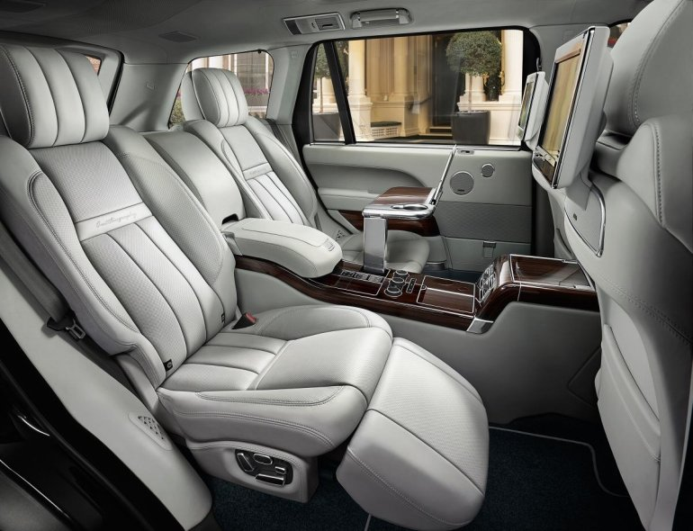 Range Rover SVAutobiography official image Rear seats