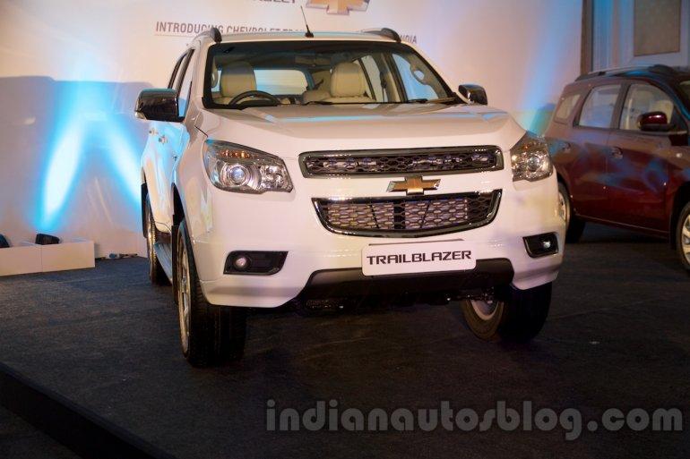 2016 Chevrolet Trailblazer front unveiled in Delhi