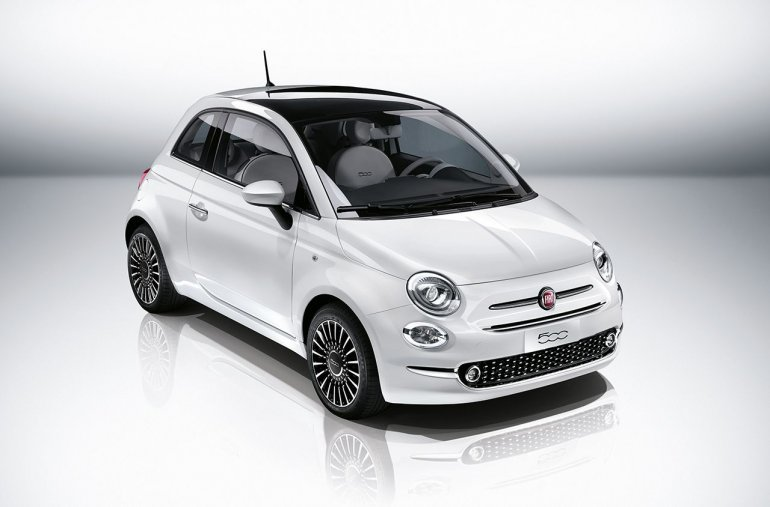 2016 Fiat 500 (facelift) front quarter unveiled press image