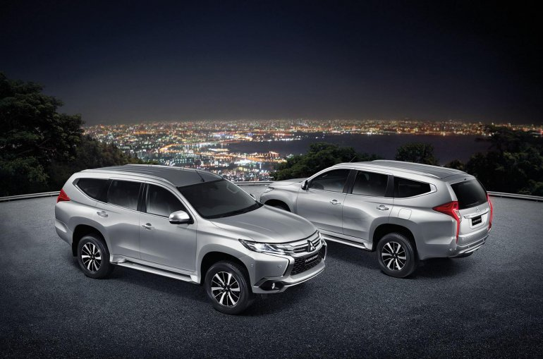 2016 Mitsubishi Pajero Sport front and rear three quarter unveiled