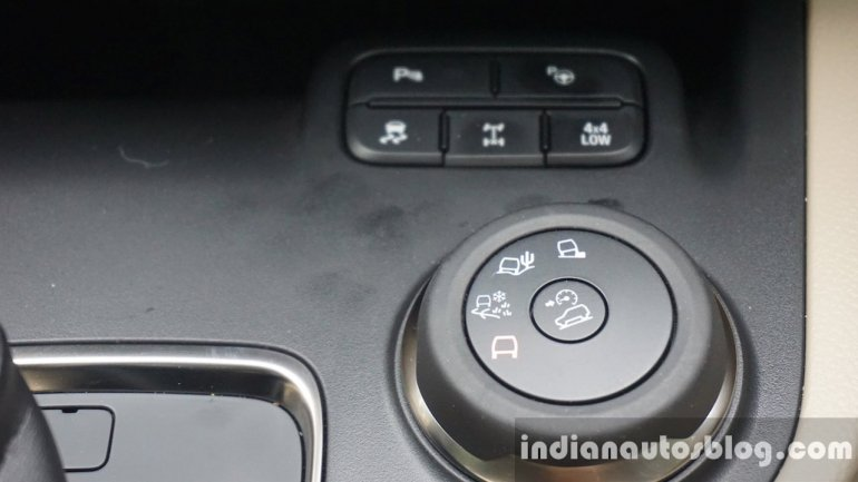 2015 Ford Endeavour Terrain Management System dial (Review)
