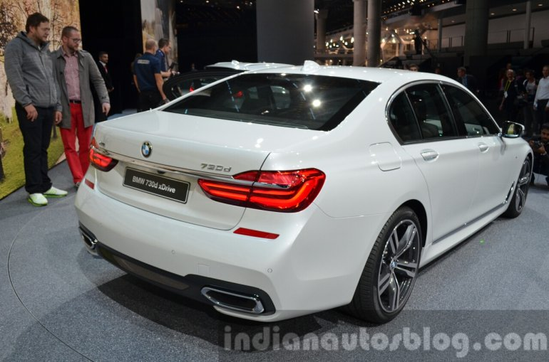2016 BMW 7 Series M-Sport rear three quarter at the IAA 2015