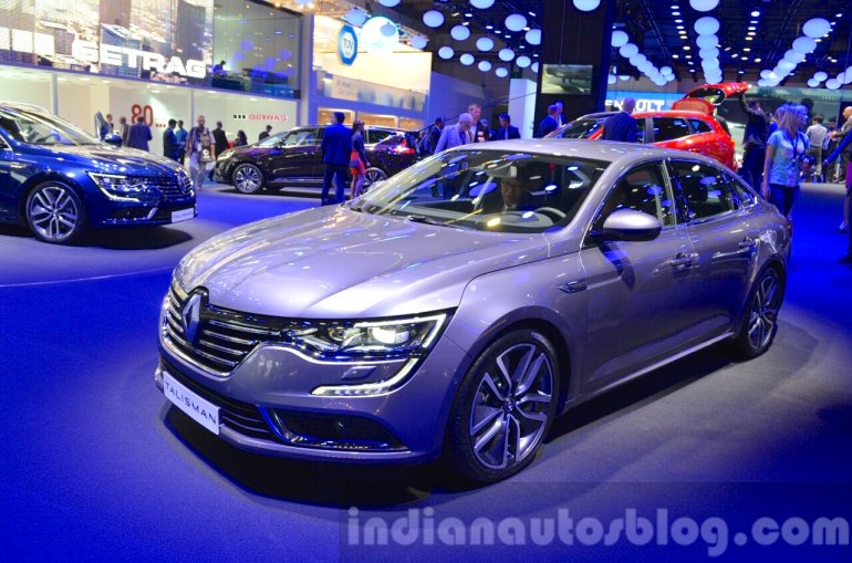 2016 Renault Talisman front three quarter at the IAA 2015