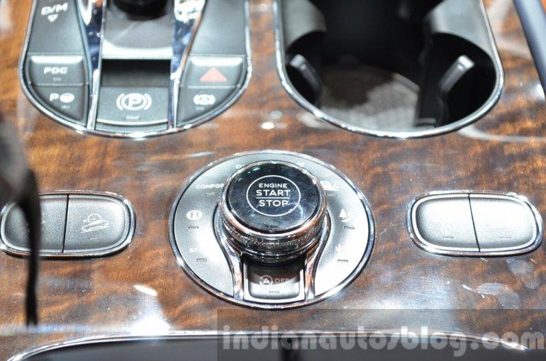 Bentley Bentayga Drive selector at the IAA 2015