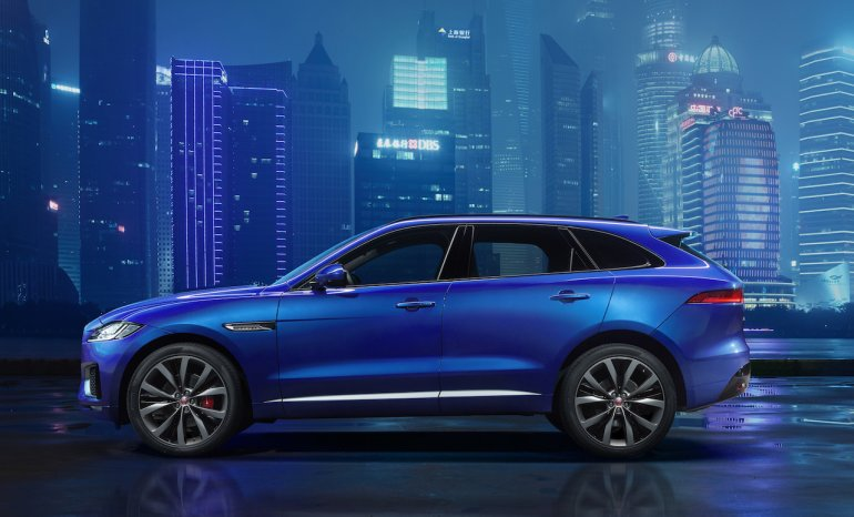 Jaguar F-Pace side profile revealed