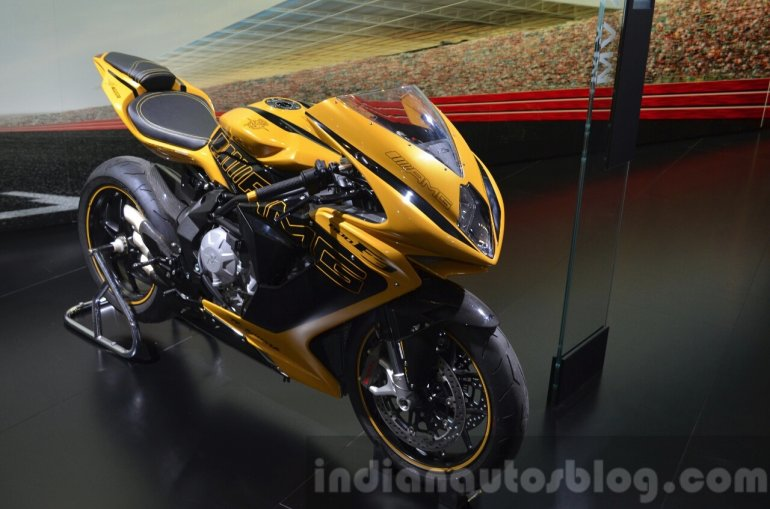 MV Agusta F3 800 inspired by the Mercedes-AMG GT at IAA 2015