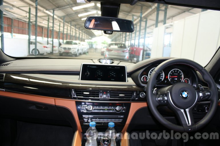 2015 BMW X6 M interior launched in India