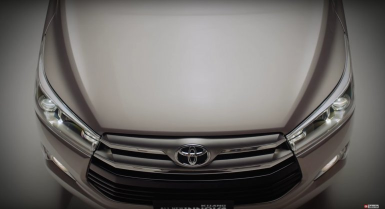 2016 Toyota Innova front video
