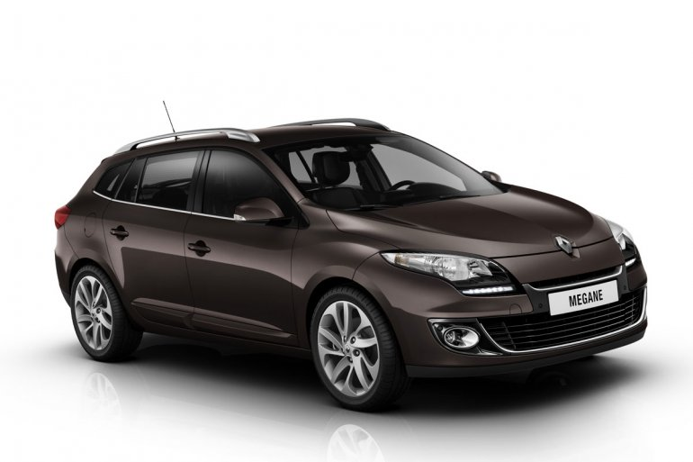 2012 Renault Megane Estate front three quarters