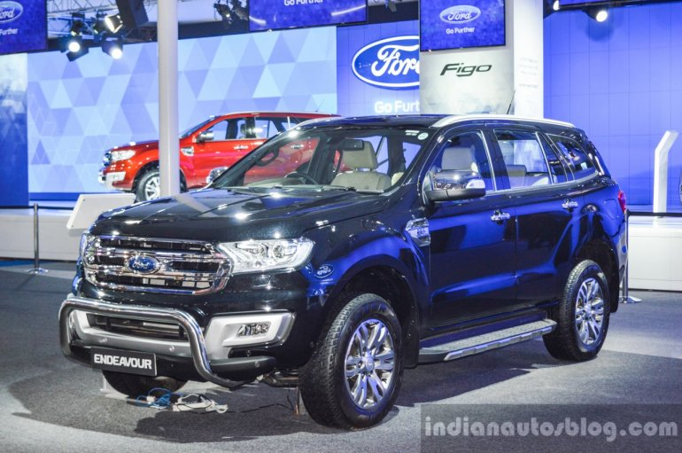New Ford Endeavour bull bar front quarter at Auto Expo 2016