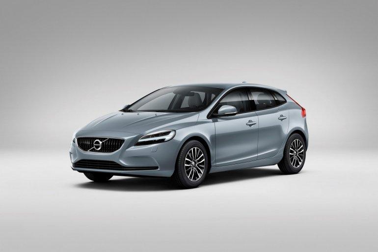 2016-Volvo-V40-facelift