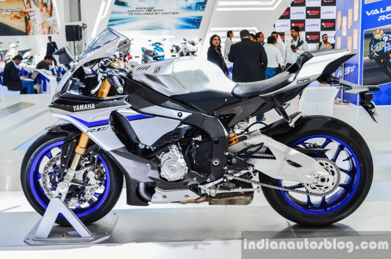 2016 Yamaha R1M at Auto Expo 2016