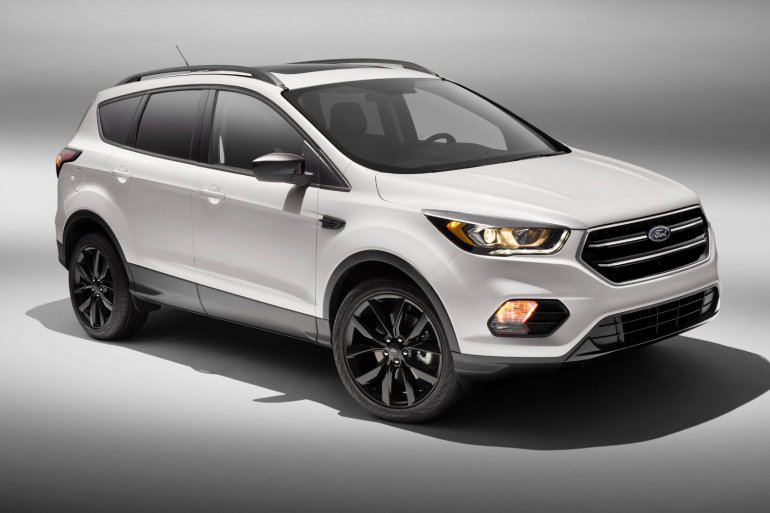 2017 Ford Escape Sport Appearance Package front three quarter