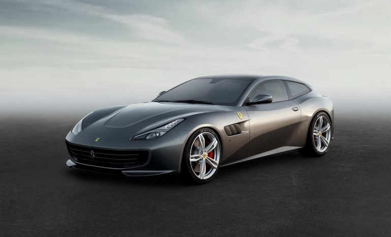 Ferrari GTC4Lusso front three quarters
