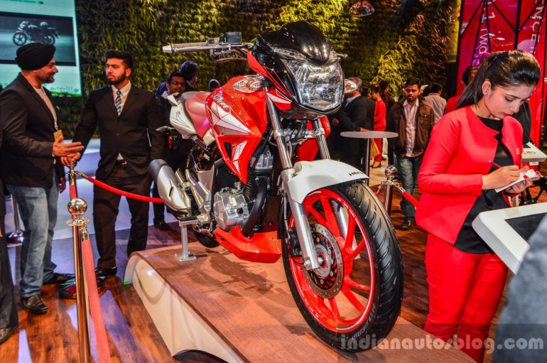 Hero Xtreme 200 S at the Auto Expo 2016