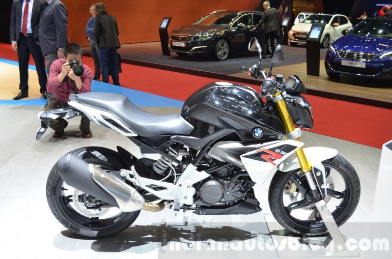 BMW G310R right side at 2016 Geneva Motor Show