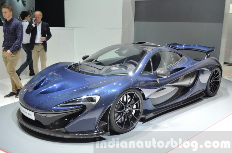 McLaren P1 Carbon Fibre front quarter at 2016 Geneva Motor Show