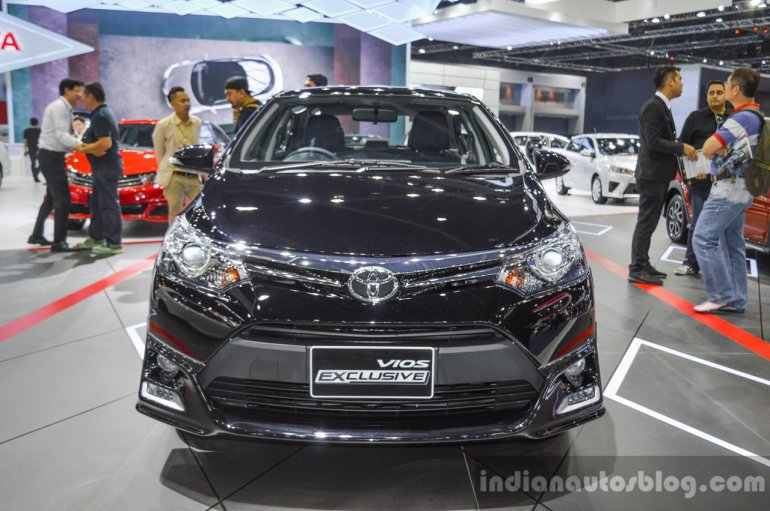 Toyota Vios Exclusive Edition front at 2016 BIMS