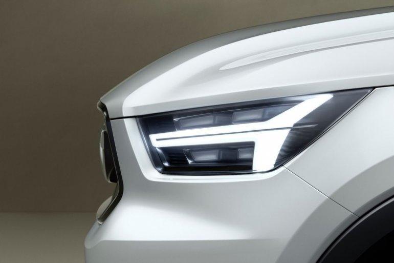 Volvo V40 Concept car teaser front