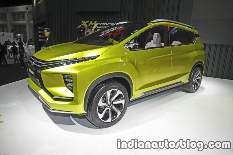 Mitsubishi XM Concept front three quarter at the Thai Motor Expo