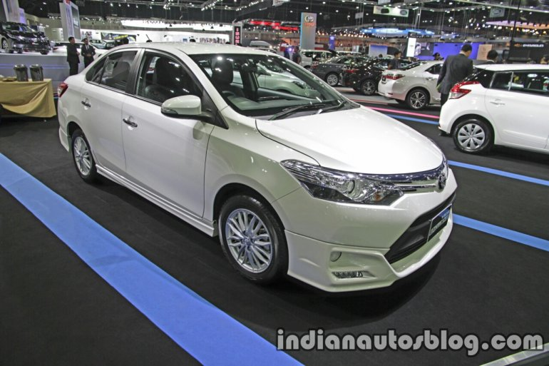Toyota Vios Exclusive front three quarter at the Thai Motor Expo Live