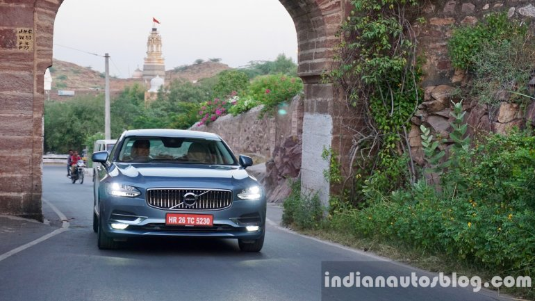 volvo-s90-review