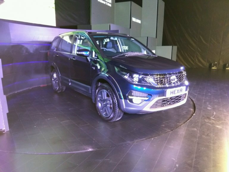 Tata Hexa launched front three quarter live image