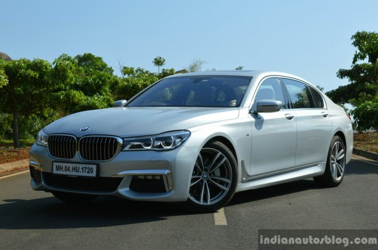 2017 BMW 7 Series M-Sport (730 Ld) front three quarter close Review