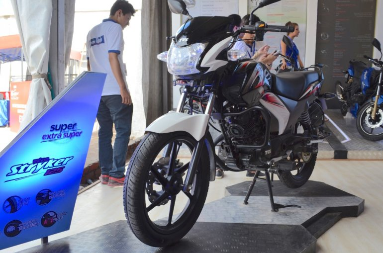 TVS Stryker 125 front three quarters view at the Nepal Auto Show 2017