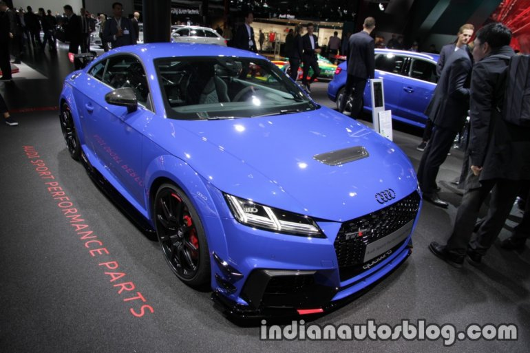 2017 Audi TT RS with Audi Sport Performance Parts hood at the IAA 2017