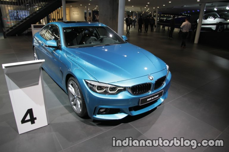 2017 BMW 4 Series Coupe (LCI) front quarter at the IAA 2017