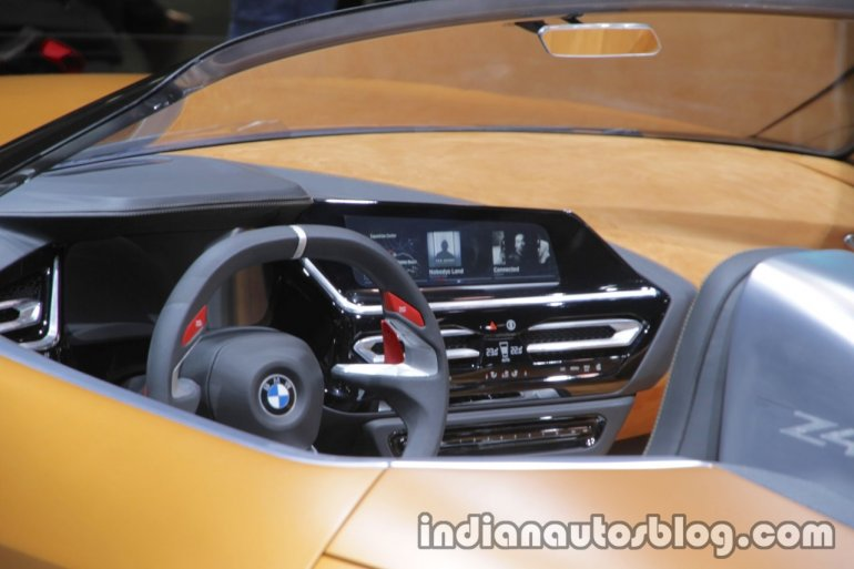BMW Concept Z4 dashboard at IAA 2017