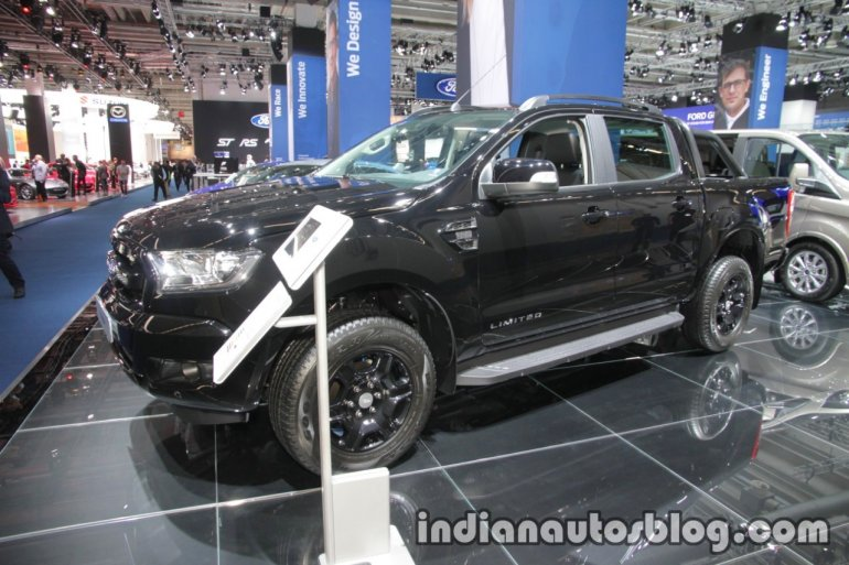 Ford Ranger Black Edition front three quarters at IAA 2017
