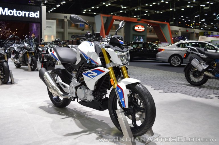 BMW G 310 R front right quarter