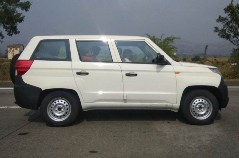 Mahindra TUV300 Plus profile spy shot