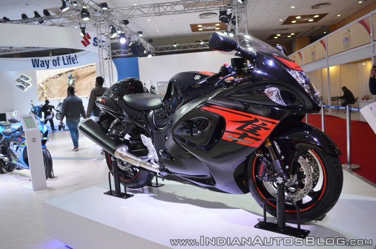 2018 Suzuki Hayabusa Black right side at 2018 Auto Expo